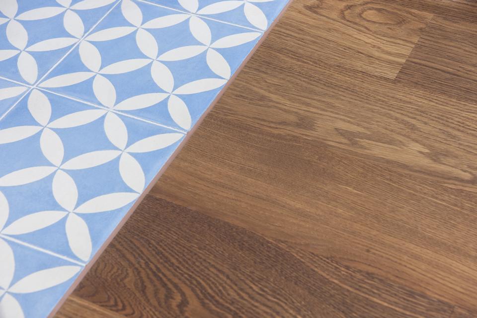 schiffboden in eiche natur lenzlinger s hne ag. Black Bedroom Furniture Sets. Home Design Ideas